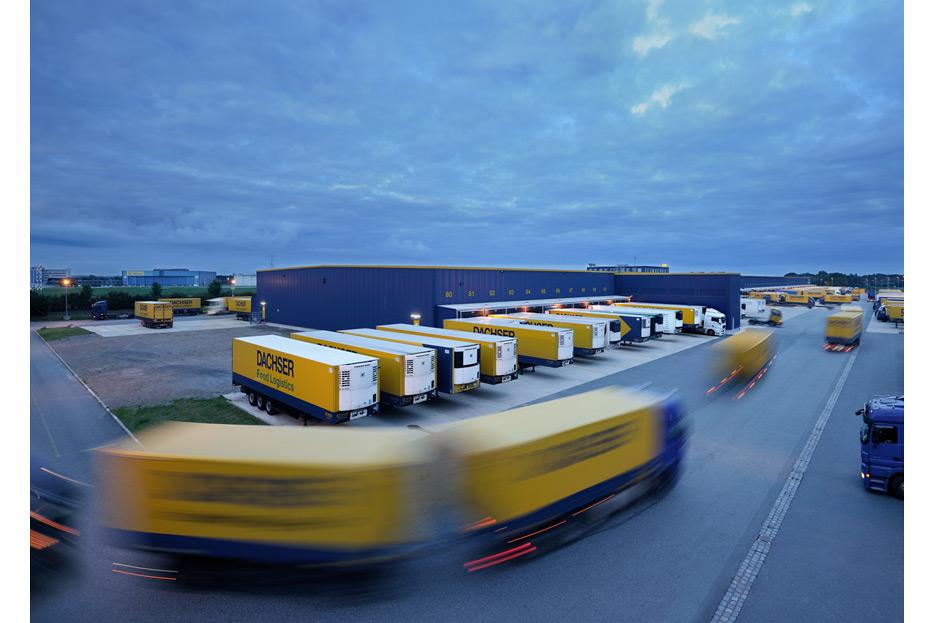 Bildmontage für Dachser Intelligent Logistics von stefanie lombert : grafikdesign Hannover
