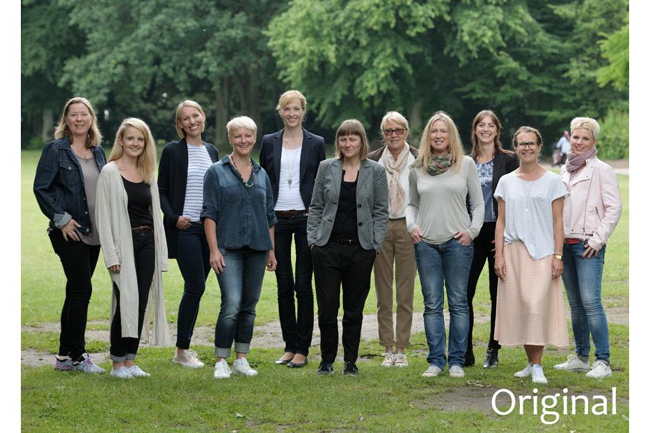 Originalaufnahme vor Bildmontage Teamfoto 1 des dänischen Ferienhausanbieters fejo.dk von stefanie lombert : grafikdesign Hannover