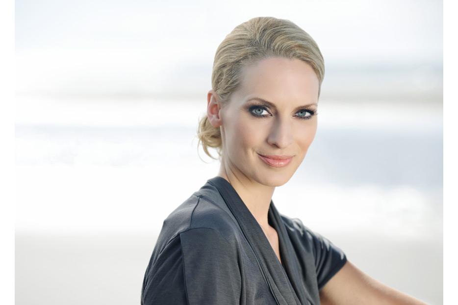 Beautyretusche und Bildmontage für La Mer Cosmetics AG von stefanie lombert : grafikdesign Hannover