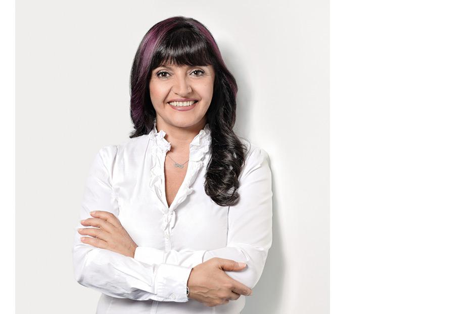 Bildbearbeitung Testimonial-Portraits für MediFox GmbH von stefanie lombert : grafikdesign Hannover