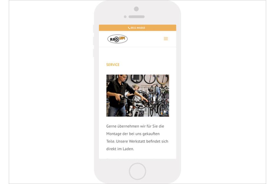 """Mobile Unterseite """"Service"""" des Internetauftritts des Fahrradladens RRA UP! aus Hannover-Linden gestaltet von stefanie lombert : grafikdesign Hannover"""