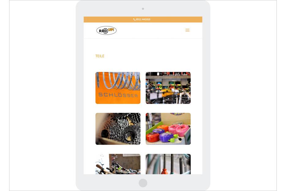 """Unterseite """"Teile"""" in Tablet-Ansicht des Internetauftritts des Fahrradladens RRA UP! aus Hannover-Linden gestaltet von stefanie lombert : grafikdesign Hannover"""